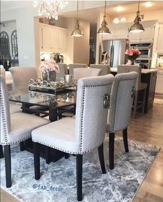 Cool 32 Fascinating Glass Dining Room Design Ideas For Home Inspiration. Glass Dining Room Table, Dining Room Paint, Dining Room Design, Luxury Dining Room, Elegant Dining Room, Luxury Home Decor, Cheap Home Decor, Design Exterior, Boho Home