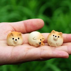 Shiba Inu figurine of Ceramics Shiba ball by Sirosfunnyanimals Cute Polymer Clay, Cute Clay, Fimo Clay, Polymer Clay Crafts, Ceramic Clay, Clay Animals, Pottery Designs, Clay Charms, Shiba Inu
