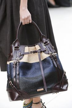 Best burberry handbags tote Read more about Fashion Handbags, Purses And Handbags, Fashion Bags, Mk Handbags, Cheap Handbags, Beautiful Handbags, Beautiful Bags, Burberry Prorsum, Burberry Handbags