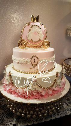 Sweet carriage princess cake. Shades of pink and gold. #cynthiascakes #rgvcakes #rgv weddingcakes #princesscakes #pink cakes #carriagecakes Pumpkin Birthday Cakes, 22nd Birthday Cakes, Pumpkin Patch Birthday, Pumpkin Birthday Parties, Birthday Cake Girls, Princess Smash Cakes, Carriage Cake, Carousel Cake, Quinceanera Cakes