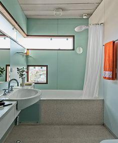 Janela de quina no banheiro