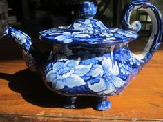Staffordshire Transferware Six-legged Tea pot/Circa 1830