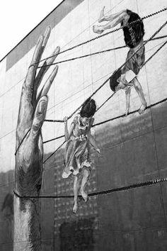Amazing Street Art Banksy, Illusion Pictures, Pavement Art, Amazing Street Art, Unusual Art, Contemporary Artwork, Street Art Graffiti, Outdoor Art, Mural Art