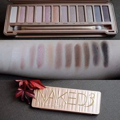 Jual naked 3 urban decay eyeshadow palette (replika) - dki j Kiss Makeup, Love Makeup, Makeup Inspo, Makeup Inspiration, Makeup Looks, Hair Makeup, All Things Beauty, Beauty Make Up, Beauty Stuff