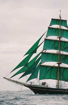 Emerald Sails | Alexander von Humboldt  What a color!