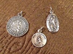 St. Christopher crest protection charm pendant #beads #bead #etsy #stchristopher