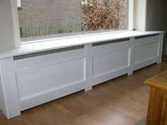 mooi idee voor de vensterbank in de woonkamer Live In Style, Radiator Cover, Front Rooms, Closet Bedroom, Beauty Room, Interior Design Inspiration, My Dream Home, Home And Living, Living Room
