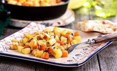 Dieses köstliche basische Kartoffelgericht eignet sich ideal zum Basenfasten. Die Currymischung enthält als einen sehr wichtigen Bestandteil Kurkuma, das dem Curry die intensiv gelbe Farbe verleiht.