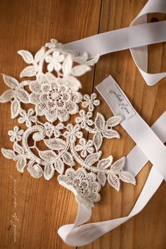 Queen's Lace Garland - lovely accent for the budget-conscious bride.