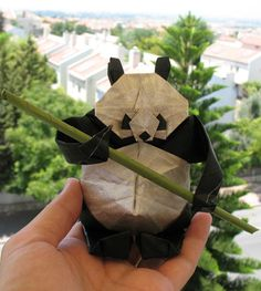 Funny pictures about Paper Panda. Oh, and cool pics about Paper Panda. Also, Paper Panda. Origami And Kirigami, Origami Paper Art, Oragami, Diy Paper, Paper Crafts, Diy Crafts, Kraft Paper, Panda Love, Origami Animals