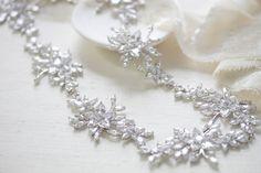 Cubic Zirconia Wedding headpiece - LILY – Treasures by Agnes Modern Jewelry, Headpiece, Bridal Jewelry, Swarovski, Handmade Items, Jewelry Accessories, Wedding Day, Palette, Lily