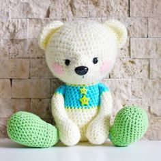 Amigurumi Bear This crochet pattern / tutorial is available for free...   Full Post: Amigurumi Bear