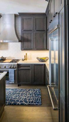 Dark Wood Kitchen Cabinets, Kitchen Cabinet Colors, Gray Cabinets, Kitchen Backsplash, Backsplash With Dark Cabinets, Dark Countertops, Grey Kitchen Designs, Modern Kitchen Design, Kitchen Contemporary