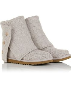 Uggs // boots (winter)