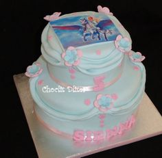 2 tier Barbie Pegasus cake for Sienna's birthday! Barbie Pegasus, Tiered Cakes, 5th Birthday, Photo Cakes, Desserts, Food, Kids, Tailgate Desserts, Young Children