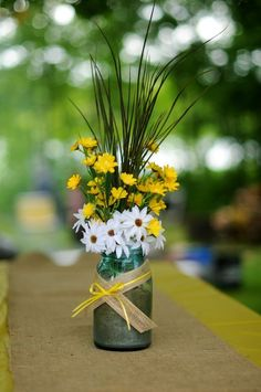 Simple Mason Jar centerpieces :) with blue flowers instead of white Blakes open house Daisy Wedding, Wedding Bouquets, Wedding Flowers, Daisy Centerpieces, Table Centerpieces, Table Flowers, Flower Vases, Floral Flowers, White Flowers