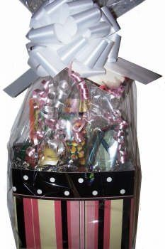 homemade gift basket ideas for women...endless possibilities