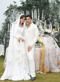 PaKisTaN's FaShİoN MoDeL, MeHrEeN SyEd SpArkLinG İn WhiTe On HeR NiKaH DaY  !!