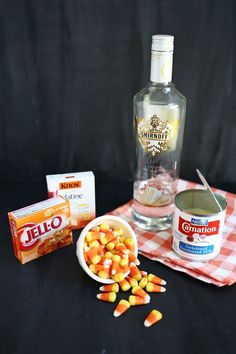 Candy Corn Jello Shots (click through for recipe) Halloween Drinks, Halloween Desserts, Halloween Food For Party, Halloween Ideas, Halloween Candy, Halloween Halloween, Drinks Alcohol Recipes, Yummy Drinks, Yummy Food