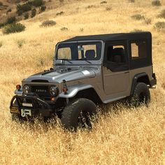 Land Cruiser – musah kerim – Join the world of pin Suv Trucks, Toyota Trucks, Toyota Land Cruiser, Carros Toyota, Land Cruiser 70 Series, Toyota Fj40, American Motors, Expedition Vehicle, Jeep 4x4