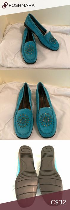 Vintage G.Wiz Galaxy Turquoise Loafers SZ 9 M NIB Vintage shoes - Brand new pair of turquoise loafers by G.Wiz - D Meyers & Son Inc. in original box / size 9 M G.wiz - D Meyers & Son Inc Shoes Flats & Loafers Rose Gold Loafers, Black Suede Loafers, Black Flats Shoes, Leather Loafers, Suede Boots, Casual Shoes, Orange Leather Jacket, Louis Vuitton Flats, Michael Kors Loafers