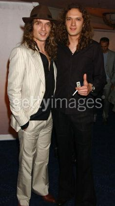 justin hawkin and dan hawkins (The Darkness)