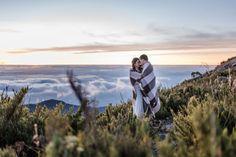 Nascer do Sol no Pico da Bandeira – Pré-Casamento Renatahttp://lapisdenoiva.com/nascer-do-sol-no-pico-da-bandeira-pre-casamento-renata-e-bruno/