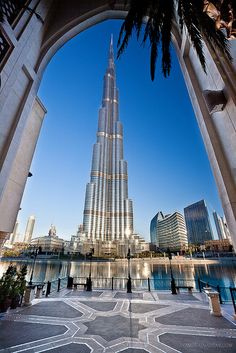 Dubai's Burj Khalifa skyscraper - the tallest building in the world! #travel #architecture