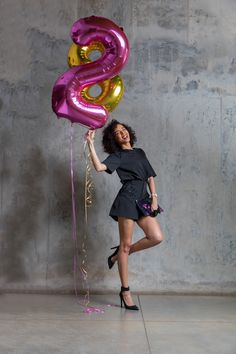 #StyleBlogger #African #Fashion #Trends #CarlaFernandes #FoilBalloons #BirthdayShoot Carla XIII blog by Carla Fernandes | www.carlaxiii.com Foil Balloons, African Fashion, Birthday, Blog, Fashion Trends, African Wear, Birthdays, African Fashion Style, Trendy Fashion