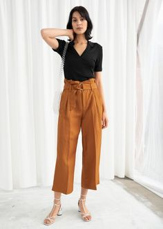 Cropped Paperbag Waist Linen Blend Pants - Rust - Trousers - & Other Stories Button trousers outfit ideas for women. Paperbag Waist Trousers, Linen Trousers, Wide Leg Trousers, Office Outfits For Ladies, Work Outfits, Stylish Outfits, Fashion Story, Fashion Outfits, Fall Fashion