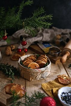 Xmas Food, Cooking Tips, Stuffed Mushrooms, Food And Drink, Table Decorations, Baking, Vegetables, Recipes, Cookies