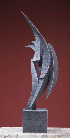 Flourish, a metal abstract sculpture by Richard Arfsten