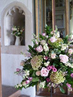 arrangement church altar white 2 altar flowers floral arrangements and wedding. Black Bedroom Furniture Sets. Home Design Ideas
