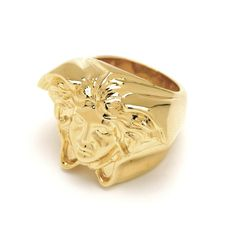 Looking for Medusa Ring KG&Co. Buy online DKK - Available for a limited time in Gold Vermeil Finish. Carat Gold, 18k Gold, Jewelry Accessories, Fashion Accessories, Fashion Art, Womens Fashion, Ladies Fashion, Medusa, Jewelry Branding