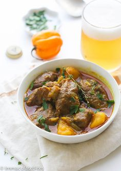 Jamaican Dishes, Jamaican Recipes, Curry Recipes, Jamaican Cuisine, Oxtail Recipes, Goat Recipes, Indian Food Recipes, Cooking Recipes, Ethnic Recipes