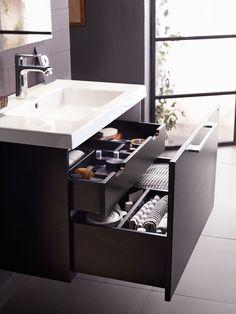 Bright - Servantskap 80 cm bredt med skuffefronter i svart eik Bathroom Sink Design, Small Bathroom Sinks, Bathroom Design Luxury, Small Bathroom Storage, Upstairs Bathrooms, Bathroom Styling, Master Bathroom, Bad Inspiration, Bathroom Inspiration