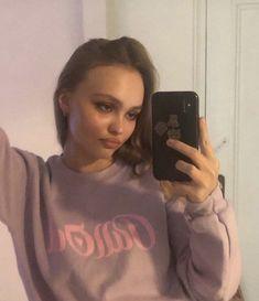 Lily Rose Depp Style, Lily Rose Melody Depp, Lily Rose Depp Chanel, Lily Depp, Star Girl, Girl Running, Celebs, Celebrities, Johnny Depp