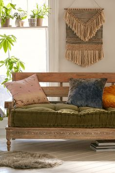 Bohemian living room decor ideas may help you to have a super cozy yet stylish living room. The living room is a place to spend your leisure time. Thus, decorating your living room is essential. Bohemian Living Rooms, Living Room Decor, Bedroom Decor, Wall Decor, Wood Daybed, Daybed Couch, Wood Frame Couch, Pallet Daybed, Bohemian Interior Design