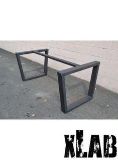 Gambe in ferro anticato per tavolo fatte a mano