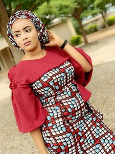 2020 Creative Ankara Styles For African Woman To Try Out - Dabonke : Nigeria Latest Gist and Fashion 2019 African Wear Dresses, African Fashion Ankara, Latest African Fashion Dresses, African Print Fashion, Africa Fashion, African Attire, Ankara Dress Designs, Ankara Dress Styles, Blouse Styles