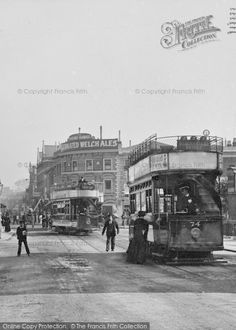 Photo of Tooting, Broadway, the Round House from The Francis Frith Collection London History, Local History, Vintage London, Old London, London Bus, London City, Ancient Architecture, Architecture Art, Old Pictures