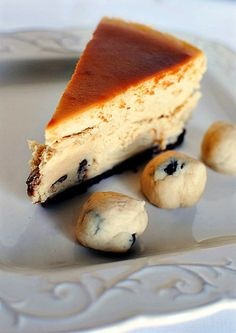 Chocolate Chip COOKIEDOUGH CHEESECAKE! || I'm sorry my keyboard seems to be broken....I guess when you slobber that bad it tends to screw stuff up....Pass along,SPREAD THE FAT! ha ha