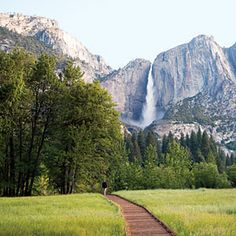 A scenic day in Yosemite, an hour-by-hour tour
