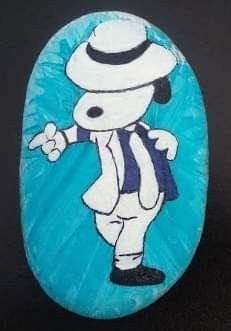 Painted Rock Animals, Hand Painted Rocks, Painted Stones, Peanut Pictures, Rock Cactus, Dremel, Picture Rocks, Woodstock, Rock Painting Designs