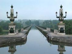 canal de Bourgogne, Pont de Briare