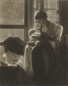"Gertrude Käsebier. Mrs. R. 1905. Beatrice Baxter Ruyl. Platinum print. 9 5/8 x 7 5/8"" (24.4 x 19.4 cm). Gift of Mrs. Hermine M. Turner. 170.1963. Photography"