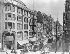 1909 Die Leipzigerstrasse Richtung Osten,Ecke Mauerstrasse,das Gebaeude links ist noch vorhanden.