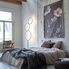 CANVAS • romantiek in de slaapkamer! Met basic beddengoed en fotografie op canvas van het eerste uur, dat actueler is dan ooit. Fotografie @tjitskevanleeuwen | Styling @marianneluning