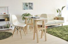 お部屋の中央に置いて、カウンターテーブルとしての使い方も!