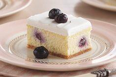 Creamy Lemon-Blueberry Dessert from Kraft Foods Kraft Foods, Kraft Recipes, Lemon Blueberry Cheesecake, Blueberry Desserts, Cheesecake Desserts, Köstliche Desserts, Dessert Recipes, Blueberry Cake, Cheesecake Squares